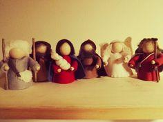 Kerstgroep op houten koontjes
