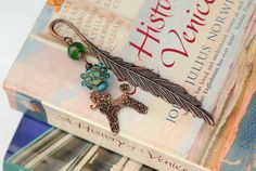 Bookmark for dog lover and book lovers. Poodle gifts with lampwork beads