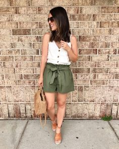 White v neck tank +olive shorts +brown wedges Green Shorts Outfit, Summer Shorts Outfits, Casual Summer Outfits, Short Outfits, Spring Outfits, Short Dresses, Cute Outfits, Tan Wedges Outfit, High Waisted Shorts Outfit