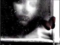 ✿ ❤ Perihan ❤ ✿ ♫ ♪ Ziynet Sali - Istasyon (Original Version Anna Vissi - Treno 2003)(sözler:Bir geçinilmez zamandayım  Tarihim bilinmiyor  Dün değil bugün değil yerim  Sürgüne direnilmiyor  Bende durmuş dinlenir gece  Kapkara yüreğim ve ben  Tek gidiş bir istasyondayım  Dönemem ki dönülmüyor  Ayrılık öyle bir zaman  Yaşanmıyor ölünmüyor  Bu geceye biraz sabah  Sabahlara yine sen lazım  Yollarıma bir son durak  Kaderime kavuşmak lazım  Belki ellerim yüzüne değse  Yüzünü çizsem…