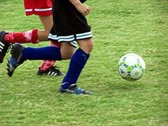 If your tween is an athlete, these sports gifts may be just the thing for Christmas, a birthday or for good sportsmanship. Youth Soccer, Soccer Ball, Club Soccer, Law Enforcement Jobs, Soccer Tournament, College Search, Athletic Events, Sports Gifts, Sports Activities