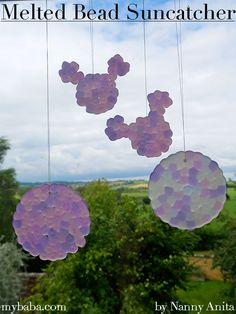 These melted bead sun catchers are quick to set up, easy to make, and look absolutely amazing when they are hanging in your window. Acorn Crafts, Cd Crafts, Quick Crafts, Plastic Bead Crafts, Melted Bead Crafts, Stained Glass Birds, Stained Glass Panels, Mirror Mosaic, Mosaic Wall