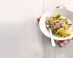 Une assiette de spaghettis carbonara