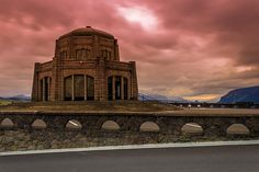 Vista House Sunrise #Calazones Flics #Sunrise #Photography