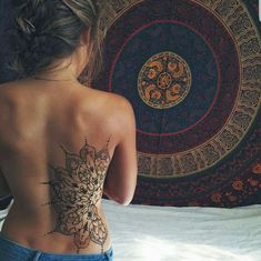 40+ Beautiful Back Tattoos Ideas for Women