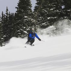 """Day 1 in the books yesterday in the Crested Butte backcountry.  Pete Speer shows off and his initials stand for """"pleasantly surprised"""". #14erskiers #skiing #skiingislife #ski #backcountryskiing #backcountry #colorado #crestedbutte #crestedbuttebackcountry #day1 #powder @blackdiamond"""