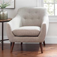 Gray Tufted Mid-Century Modern Accent Chair from Kirkland's Mid Century Modern Living Room, Mid Century Modern Design, Mid Century Modern Furniture, Modern Room, Mid Century Modern Chairs, Midcentury Modern, Accent Chairs For Living Room, Living Room Furniture, Modern Accent Chairs