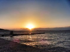 04 Oct 6:32 博多湾日の出です。  #sunrise ( Morning Now at Hakata bay in Japan )