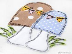 Pilz Doodle Stickdatei von KerstinBremer.de ♥ Doodle mushroom appliqué embroidery for embroidery machines. Freehand machine embroidery style.  #sticken #nähmalen #stickdatei