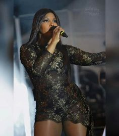 American singer Toni Braxton was recently in Lagos, Nigeria to perform and fell in love with Nigeria especially the food, people and music. Toni was especially inspired by Teni's music who happens … Toni Braxton, Latest Celebrity News, American Singers, Record Producer, Thankful, Actresses, Female, Night, Celebrities