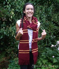 Harry Potter Scarf Pattern - use this instruction too for jogless knitting: http://techknitting.blogspot.co.uk/2007/01/jogless-stripes.html