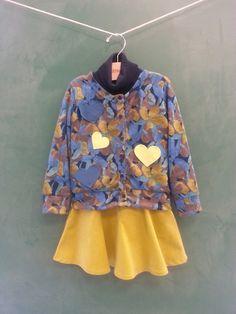 Sainha amarela de veludo-coisa-mais-fofa! ;)