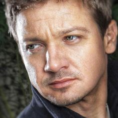 "ถูกใจ 27 คน, ความคิดเห็น 1 รายการ - Jeremy Renner ⭐️ Superfans (@jeremyrennersuperfans) บน Instagram: ""Join us fans at his AWESOME community, the official Jeremy Renner App  ""I'm a simple, simple man.""…"""