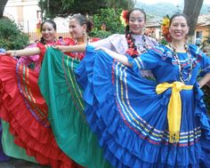 Honduras, National Geographic Travel, Costumes Around The World, International Festival, Travel Magazines, Folk Costume, Photo Contest, Traditional Outfits, Travel Photos
