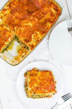 Die weltbeste Gemüse-Lasagne The worlds best vegetable lasagne {vegan} Related posts: 23 Delicious lasagna recipes that the whole family will love BEST VEGETABLE SOUP Lacto Vegetarian Diet, Vegan Nutrition, Vegetarian Recipes, Healthy Recipes, Vegetable Lasagne, Vegetable Recipes, Meat Recipes, Apple Crisp Pizza, Base Foods