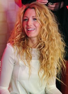 I always love big hair... and this kind of curly looks great! so wild and carefree