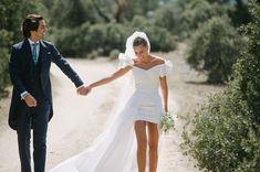 Manolo Blahnik, Italy Wedding, Wedding Day, Lace Wedding, Mexico Dress, Wedding Styles, Wedding Photos, Vogue Wedding, Alternative Wedding Dresses
