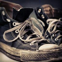 Well they might wear classic reeboks or knackered converse or tracky bottoms tucked in socks. Converse All Star, Converse Sneakers, Converse Chuck Taylor, Converse High, Old Shoes, Shoe Art, Star Fashion, Chuck Taylors, High Tops