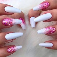 Sparkly Nail Art Design ★ Discover trendy and cute white coffin nails designs with accent, glitter, rhinestones. Find an idea for your long, short nails. Plain Acrylic Nails, Best Acrylic Nails, Sparkly Acrylic Nails, White Coffin Nails, White Nails, Pink Coffin, Pink Nail, Stylish Nails, Trendy Nails