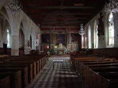 Nef de l'église Saint-Aubin de Tourouvre - © 2014 www.perche-quebec.com Inside the Church, Saint Aubin, located in Tourouvre, Le Perche, France.
