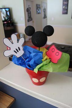 Mickey/Minnie centerpiece
