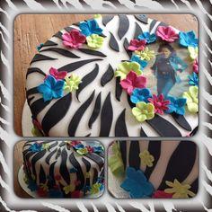 Zebra met bloemen