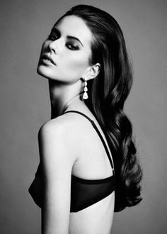 Anna Vorobyeva - classic beauty with perfect make-up and glamour hair curls - classic and timeless style!