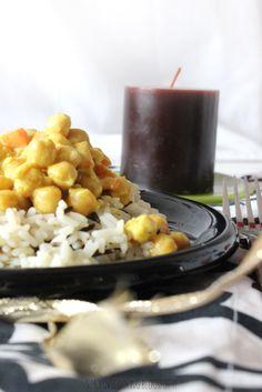 Ceci al curry e latte di cocco con riso basmati