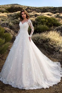 New Images Sexy V-Neck Backless A Line Sheer Lace Applique Long Sleeve Wedding Dress Classic Wedding Gowns Style Lovely Wedding Dresses ! The existing wedding dresses 2019 contains twelve different dresses in the Classic Wedding Gowns, Bridal Wedding Dresses, Modest Wedding, Wedding Gown Lace, Winter Wedding Dresses, Backless Wedding, Trendy Wedding, Rustic Wedding, Jeweled Wedding Dresses
