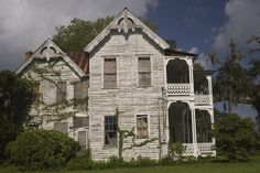 Florida, Brooksville, Victorian, Abandoned, Queen Anne, Scarborough House, 1864, Hernando County, National Register of Historic Places, Frame Vernacular, Frank Saxon, Saxon-Scarborough House