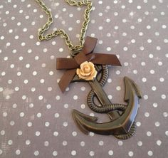 Collier ancre marine fleur et ruban satin  Mimischkä