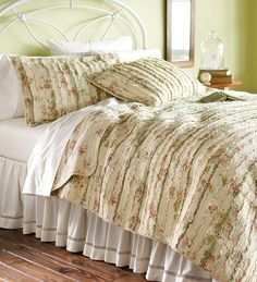 Charlotte Cotton Ruffled Pastel Floral Oversized Quilt Sets and Pillow