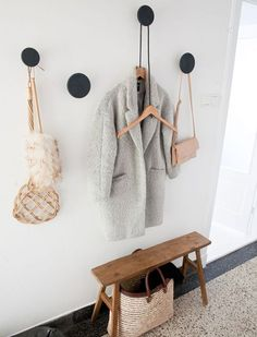 7 Essential Design Elements For A Stylish And Organized Entryway