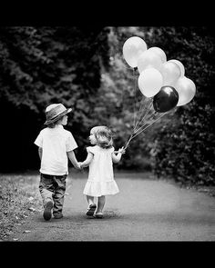Kids, balloons, love #photography beautiful I'm gonna try this with my kids