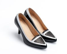 ************************** model: JIMMY shoes  **************************  Pointed-toe loafers With slim strap around the shoe giving the classic profile more feminine feel.   ******************* Upper colour:black and Silver  Lining: leather  Sole: microlite  Heel height: 2.75 (7 cm)  ********************************  Come see more colors:  * https://www.etsy.com/il-en/listing/481287828/womens-high-heel-shoes-handmade-shoes?ref=listing-shop-header-2  * http...