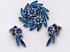 Juliana Vintage Brooch Pin Earrings Set Rhinestone Montana Blue Book PC | eBay