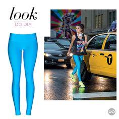 #LookDoDia ... Olha que linda essa calça  da coleção da Alto Giro por Camila Coelho!! Estamos loucas por esse azul com verde... #TemNaLivreeLeve