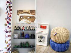 En face du Jardin Majorellele 33 rue Majorelle, premier concept store de Marrakech qui regroupe dans 200 m2 plusieurs créateurs (Lup 31, les pochettes Marocn roll et les shoes en rafia de Miro notamment)