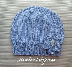 Yelena Chen - Knitting Pattern Lilac Lady's Hat with a Crochet Flower (English Edition)