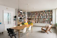 Forming part of a converted leather factory, this outstanding two-bedroom apartment is quietly tucked away at the rear of an ivy-covered courtyard. It was sold by The Modern House in 2015. The interior wasrefurbished to an exemplary standard by the previous owners in collaboration with the architect Geraldine Dening. The development consists of four flats […]