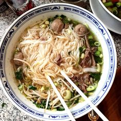 Konjac: slimming food to replace feculents Clean Recipes, Veggie Recipes, Soup Recipes, Diet Recipes, Healthy Recipes, Gnocchi Pasta, Bo Bun, Food L, Healthy Dishes