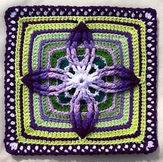 Double Petal Remix pattern by Deliah Pawluch ~ free pattern ~ just stunning