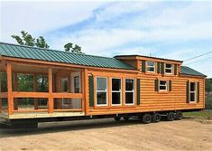 Gorgeous Ideas to create your perfect log cabin home in the woods or next to a river. A must-have to take refuge from our crazy crazy life. Tiny Houses For Sale, Tiny House On Wheels, Vanuatu, Tanzania, Michigan, Log Cabin Kits, Cabin Kits For Sale, Cabin Floor Plans, House Plans