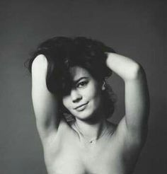 Natalie Wood was an American Actress who drowned in Her death was initially ruled an accident but in 2018 it was reclassified as a suspicous death Natalie Wood, Natalie Ann, Classic Hollywood, Old Hollywood, Hollywood Actresses, Classic Actresses, Beautiful Actresses, Splendour In The Grass, Marylin Monroe