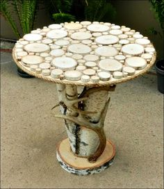 Rustic Birch End Table with Real Whitetail Deer Antlers. Birch Wood Slice Rustic End Side Table. by TheCreativeQ Into The Woods, Wooden Furniture, Table Furniture, Furniture Ideas, Wood Rounds, Wood Creations, Wood Slices, Wooden Diy, Diy Wood