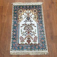 Camel Carpet Small White Hand Knotted Wall Hanging Silk Carpet http://www.amazon.com/dp/B01FD4VPKQ/ref=cm_sw_r_pi_dp_Zuenxb1190ZVE