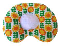 Beautiful Corrective Pillow for Flat Head Syndrome. View the large sellection: https://www.etsy.com/shop/LazyLambert?ref=shopsection_shophome_leftnav or: http://www.lazylambert.com/