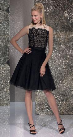 Isabel de Mestre - Evenings Abendkleider Kollektion 2016 (Art.15E011): Kurzes Abendkleid in Schwarz mit Spitze.