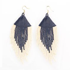 Part of our signature seed bead collection, these fringe earrings are handcrafted by artisans in India. They are sure to add an effortlessly statement to any modern boho look. --DETAILS-- Made By Artisans In India Glass Beads And Thread --END OF DETAILS-- Seed Bead Earrings, Fringe Earrings, Beaded Earrings, Seed Beads, Beaded Bracelets, Beaded Cross, Black White Gold, Beaded Bags, Multi Strand Necklace