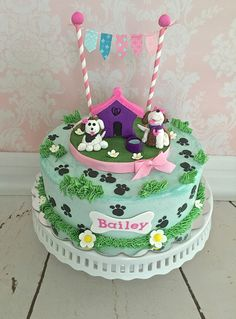 #dogcakes#doghousecakes#puppiescakes Vanilla cake with chocolate buttercream. CakesbyKIrsten